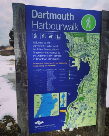 Dartmouth Harbourwalk Dog-Friendly